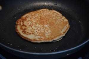 Cooking a pancake